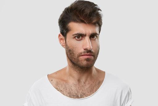 Rinoplastia masculina: como funciona o procedimento em homens?